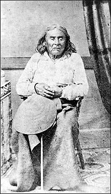 http://www.yogi.lt/wp-content/uploads/2012/10/220px-chief_seattle.jpg