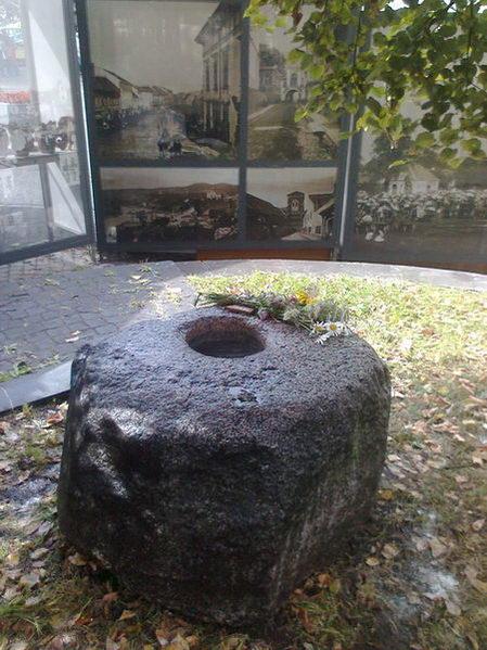 http://www.yogi.lt/wp-content/uploads/2012/10/ragutis.jpg