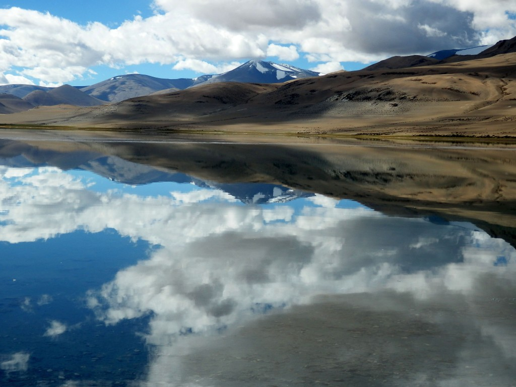 Tsokar kalnų ežeras Ladake